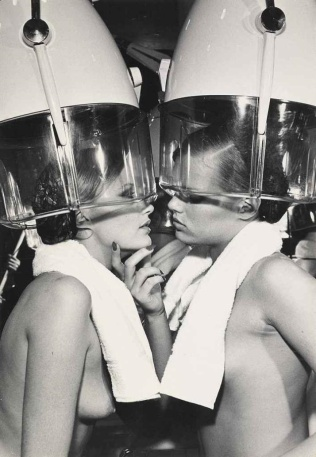 Helmut Newton (1976)